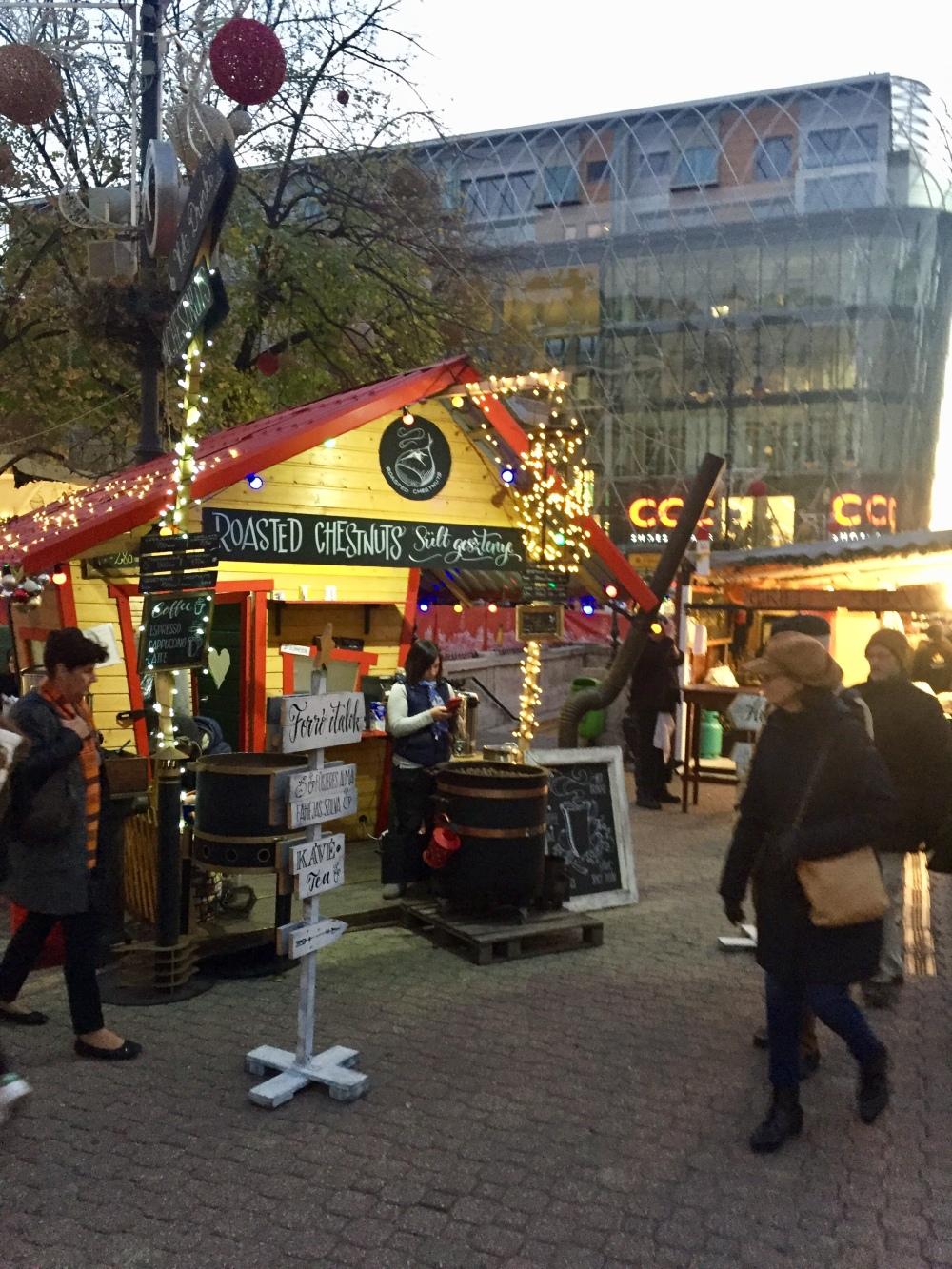 Wanderlust 40 The Magical Christmas Market In Budapest