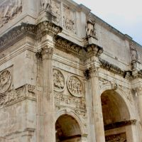 The Colloseum and the Arch of Constantine - Wanderlust @65